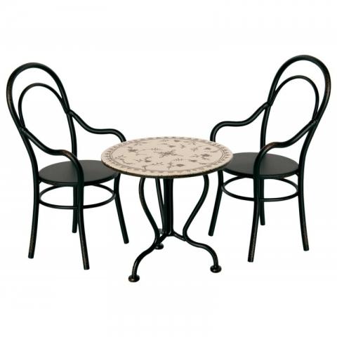 Set masa cu 2 scaune metalice