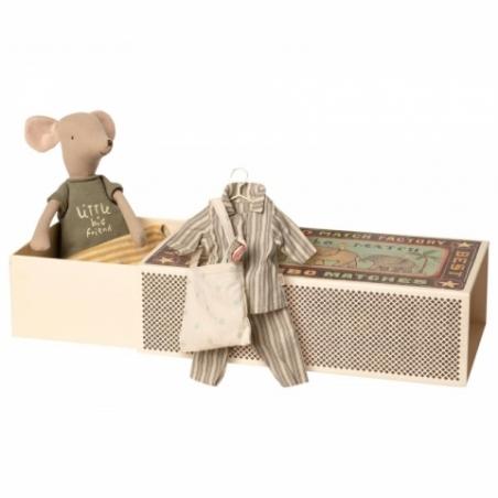 Medium Mouse in box, Boy